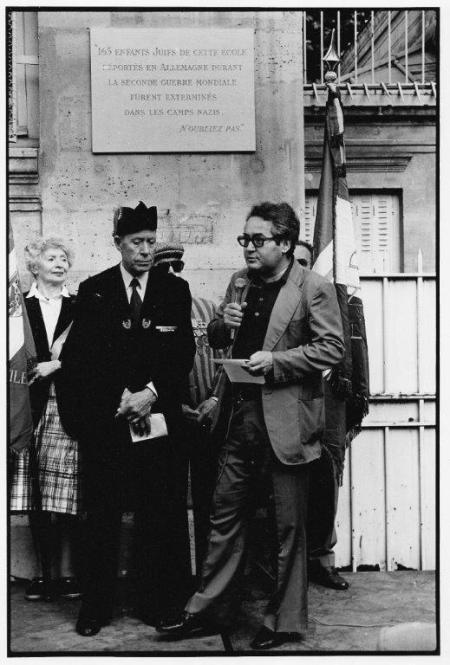 Serge Klarsfeld à cette même commémoration, 1980 ou 82